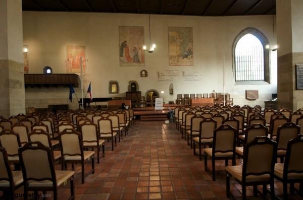 prague-chapel-interior-2