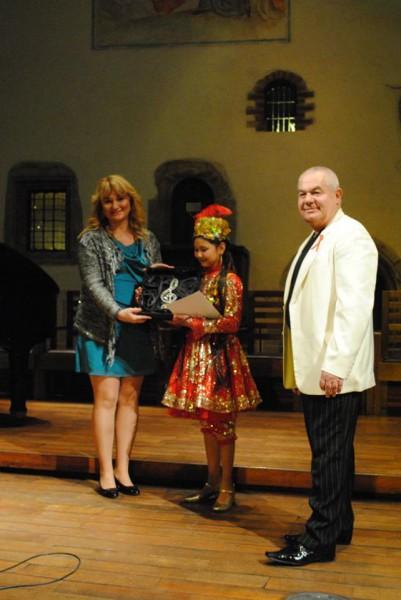 já u vítězné Akbarové a Olga