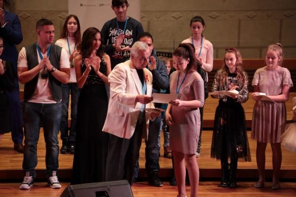 Diplom- Albina Akhmetova-Kazachstán