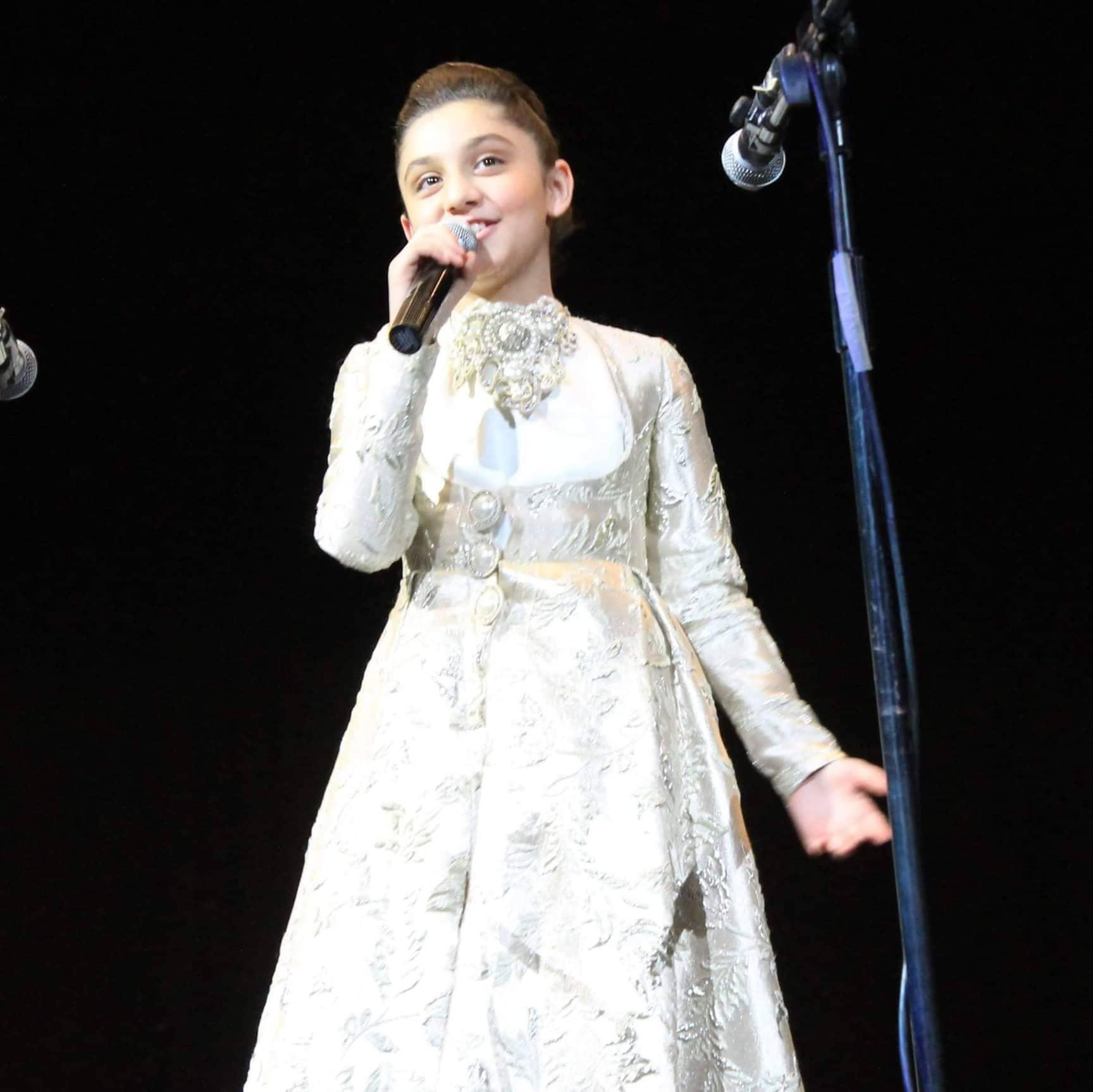 11 let - Elene Talabadze,- Gruzie